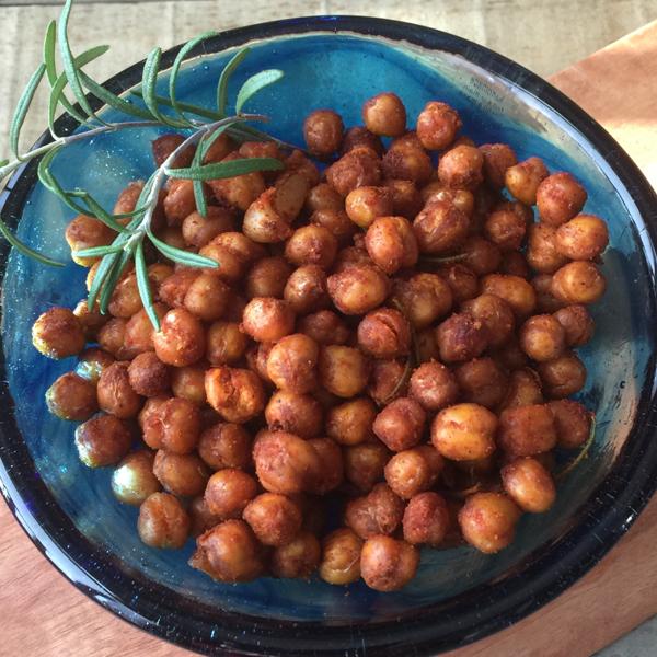 Crispy roasted chickpeas