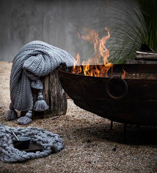 ADAIRS PIPER AND CHUNKY KNIT THROWS