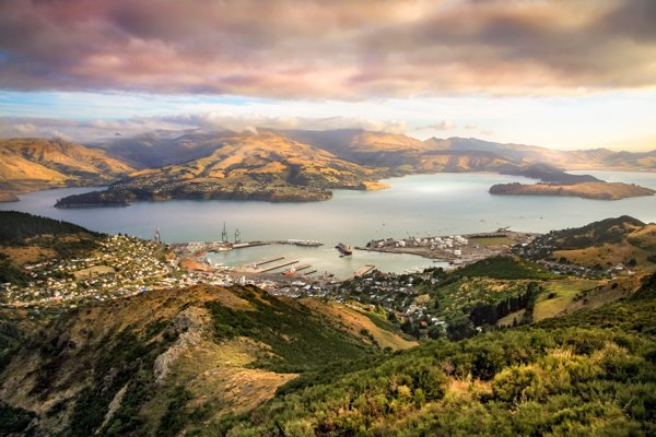 Lyttelton's 'Re-berth'