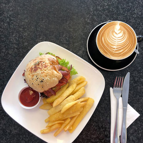 Crisp Café